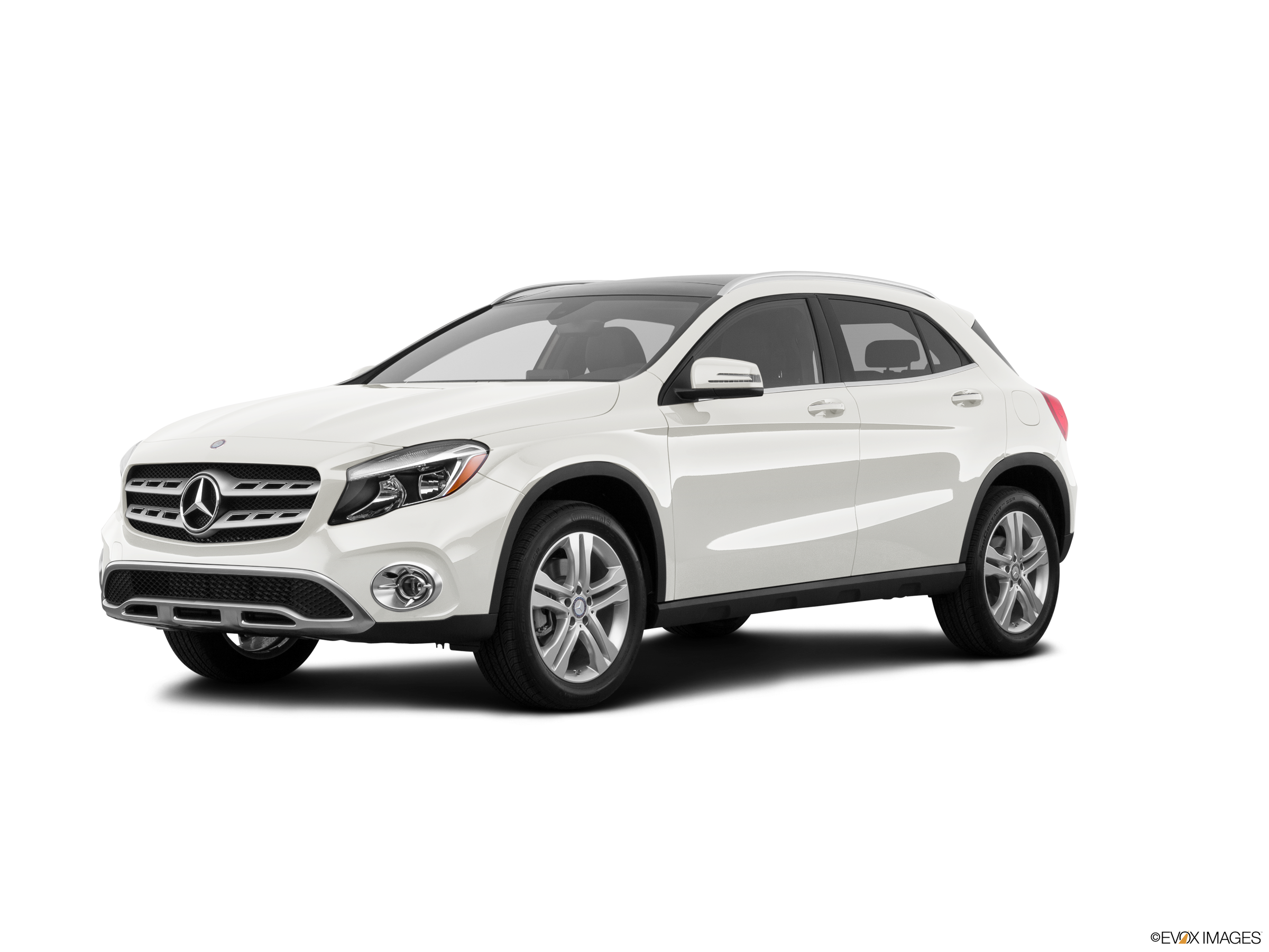 10 Best Luxury Cars Under $35,000 - 2018 Mercedes-Benz GLA
