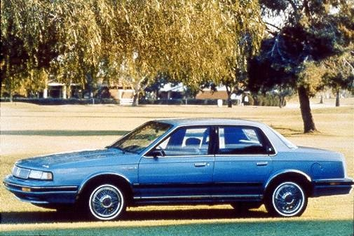 Top Consumer Rated Sedans of 1993 - 1993 Oldsmobile Cutlass Ciera