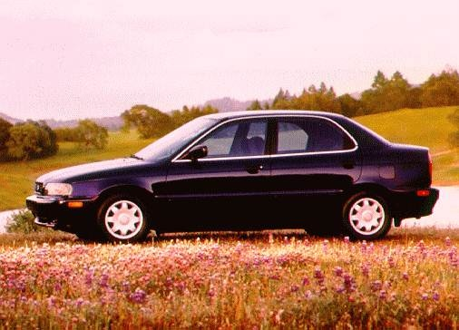 Most Fuel Efficient Sedans of 1996 - 1996 Suzuki Esteem
