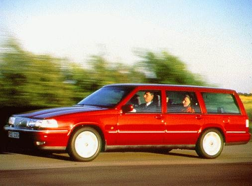 Highest Horsepower Wagons of 1997 - 1997 Volvo 960