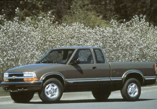 Most Fuel Efficient Trucks of 1998 - 1998 Chevrolet S10 Extended Cab
