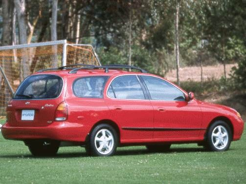 Most Fuel Efficient Wagons of 1998 - 1998 Hyundai Elantra