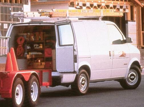 Most Popular Van/Minivans of 1999 - 1999 Chevrolet Astro Cargo