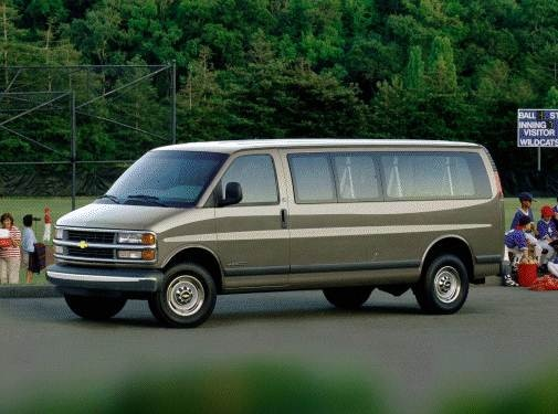 Highest Horsepower Van/Minivans of 2000 - 2000 Chevrolet Express 3500 Passenger