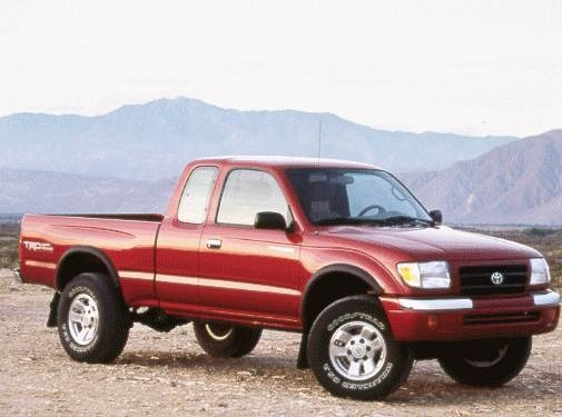 Most Fuel Efficient Trucks of 2000 - 2000 Toyota Tacoma Xtracab