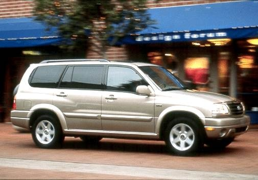 Top Consumer Rated Crossovers of 2001 - 2001 Suzuki XL-7