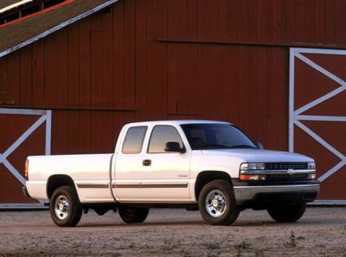 Top Consumer Rated Trucks of 2002 - 2002 Chevrolet Silverado 2500 Extended Cab