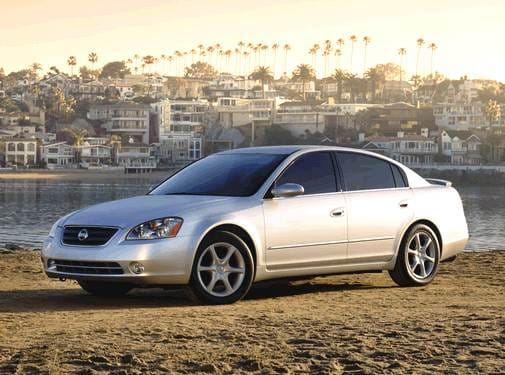 Most Popular Sedans of 2002 - 2002 Nissan Altima