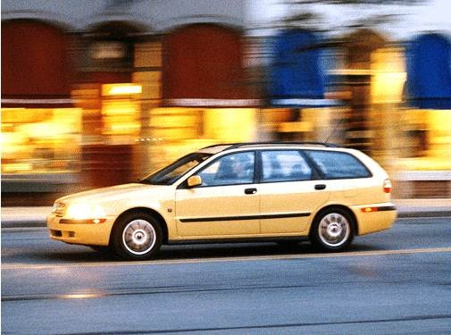 Most Fuel Efficient Wagons of 2002 - 2002 Volvo V40