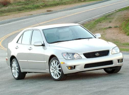 Top Consumer Rated Sedans of 2004 - 2004 Lexus IS
