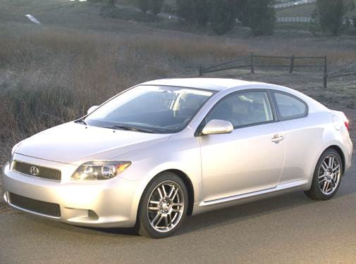 Top Consumer Rated Hatchbacks of 2005 - 2005 Scion tC