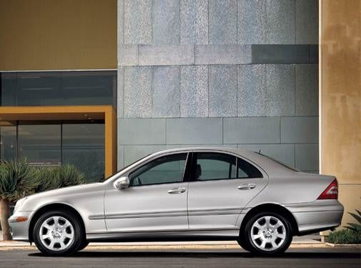 Most Popular Luxury Vehicles of 2007 - 2007 Mercedes-Benz C-Class