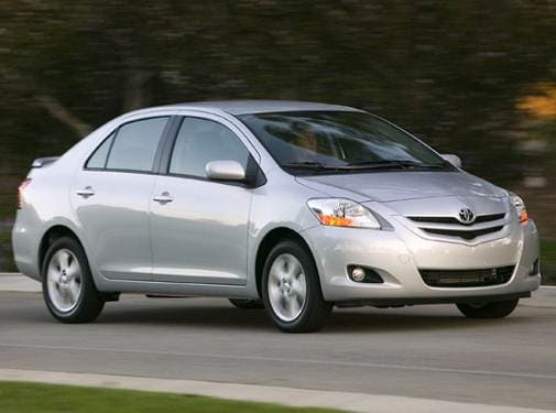 Most Fuel Efficient Sedans of 2008 - 2008 Toyota Yaris