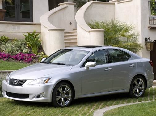 Most Fuel Efficient Luxury Vehicles of 2009 - 2009 Lexus IS
