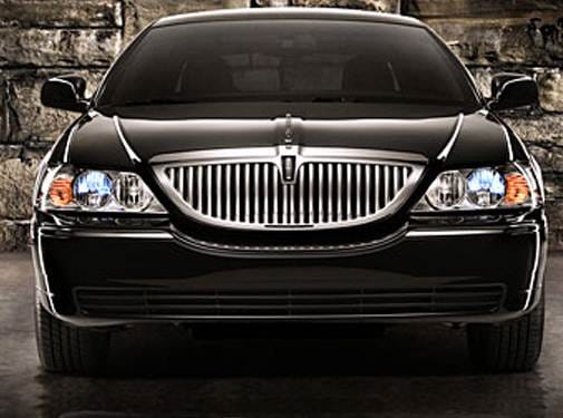 Most Popular Luxury Vehicles of 2009 - 2009 Lincoln Town Car
