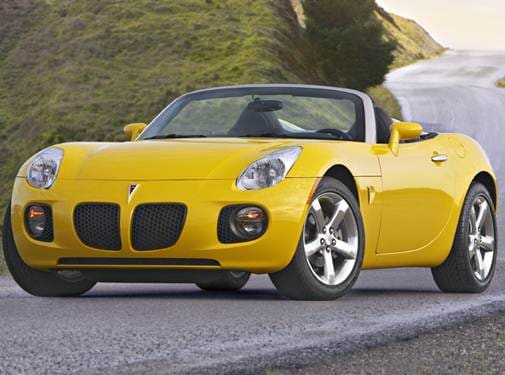 Most Fuel Efficient Convertibles of 2009 - 2009 Pontiac Solstice