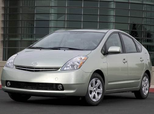Most Fuel Efficient Hatchbacks of 2009 - 2009 Toyota Prius