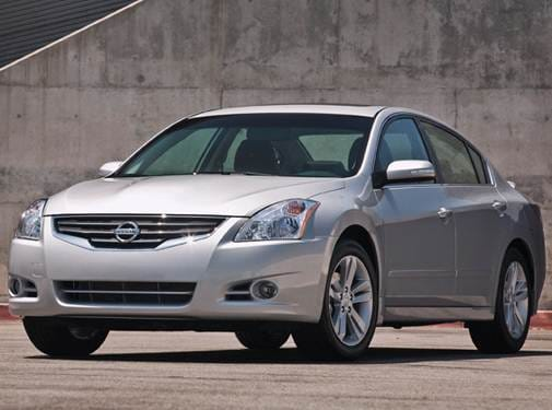 Most Popular Sedans of 2010 - 2010 Nissan Altima