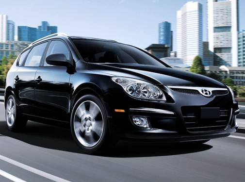 Top Expert Rated Wagons of 2011 - 2011 Hyundai Elantra