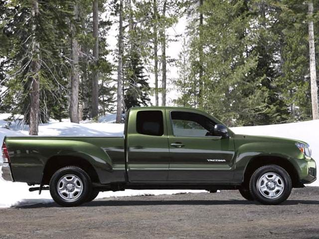 Most Fuel Efficient Trucks of 2012 - 2012 Toyota Tacoma Access Cab