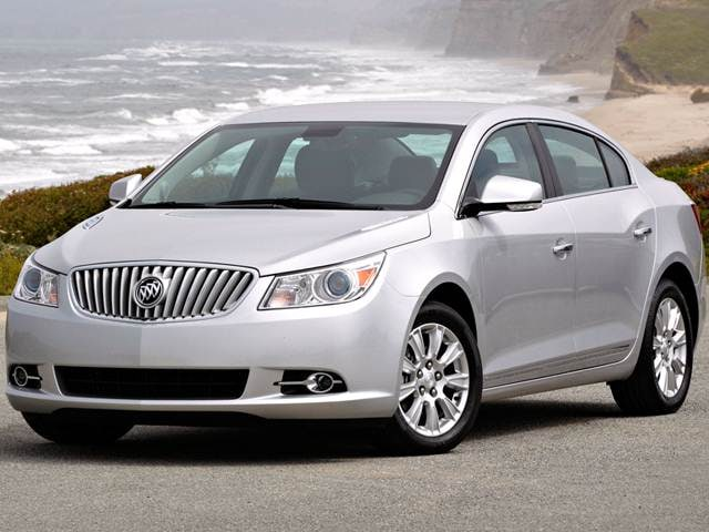 Best Safety Rated Luxury Vehicles of 2013 - 2013 Buick LaCrosse
