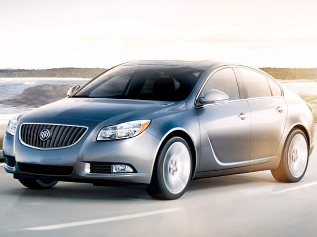 Most Fuel Efficient Luxury Vehicles of 2013 - 2013 Buick Regal