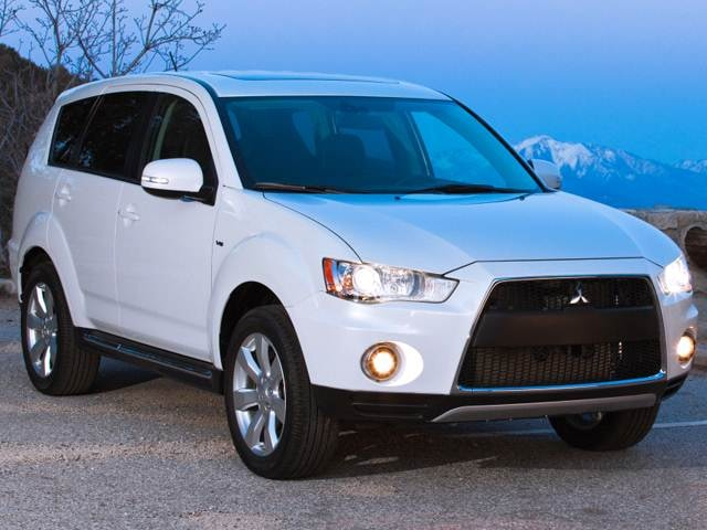5-Year Cost to Own Awards 2013 - 2013 Mitsubishi Outlander