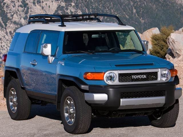 Top Consumer Rated SUVS of 2014 - 2014 Toyota FJ Cruiser