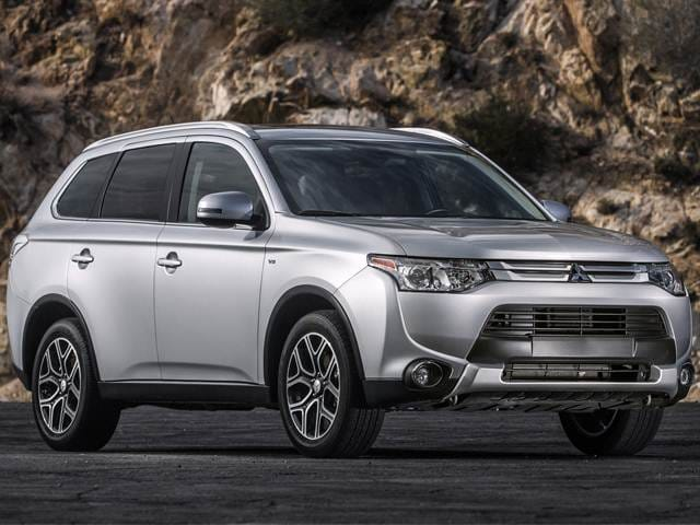 10 Most Affordable 3-Row Vehicles (2015) - 2015 Mitsubishi Outlander