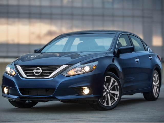 Most Popular Sedans of 2016 - 2016 Nissan Altima
