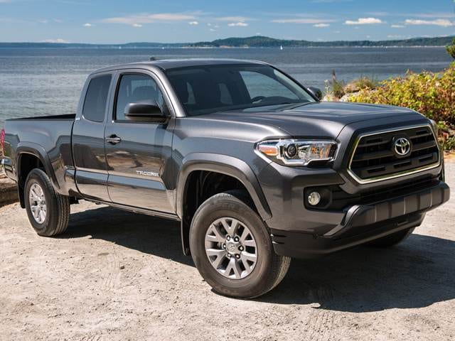 Top Expert Rated Trucks of 2016 - 2016 Toyota Tacoma Access Cab
