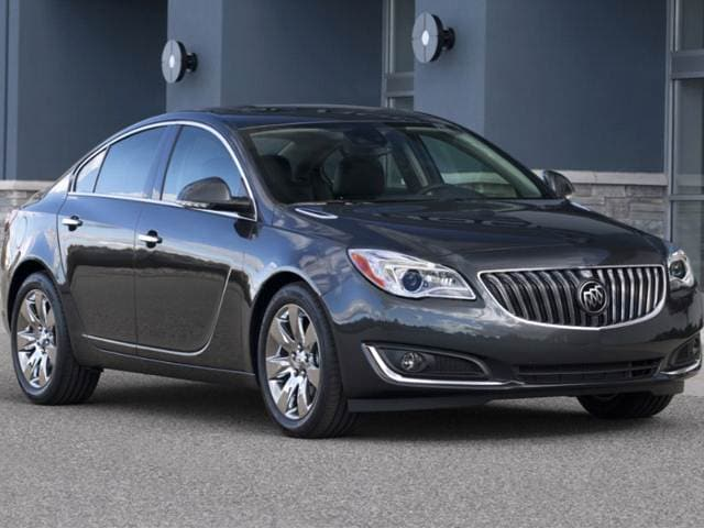Most Popular Luxury Vehicles of 2017 - 2017 Buick Regal