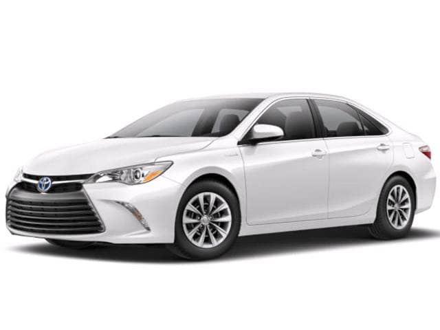 Most Popular Sedans of 2017 - 2017 Toyota Camry Hybrid
