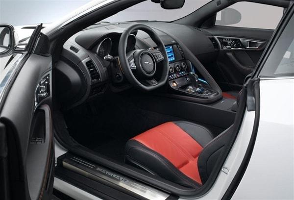 2015 Jaguar F-Type Coupe unveiled 47