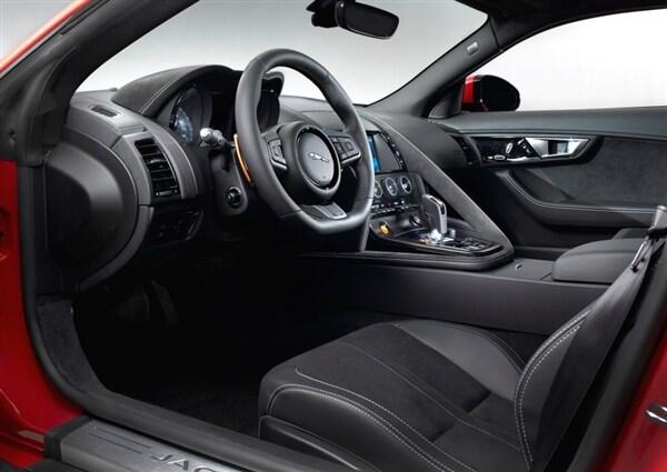 2015 Jaguar F-Type Coupe unveiled 48