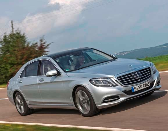 adding a green dimension to its recently redesigned flagship sedan the 2015 mercedes benz s550 plug in hybrid will arrive next spring