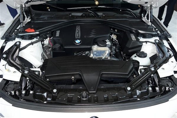 2014 BMW 4 Series Convertible unveiled and priced 36