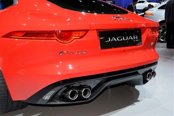 2015 Jaguar F-Type Coupe unveiled 9