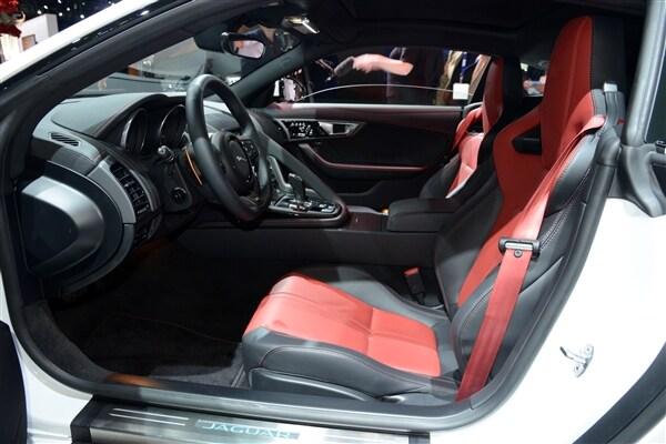 2015 Jaguar F-Type Coupe unveiled 24