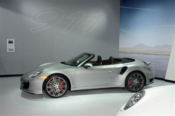 2014 Porsche 911 Turbo/Turbo S Cabriolets unveiled 3