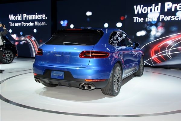 2015 Porsche Macan unveiled at the 2013 Los Angeles Auto Show 8