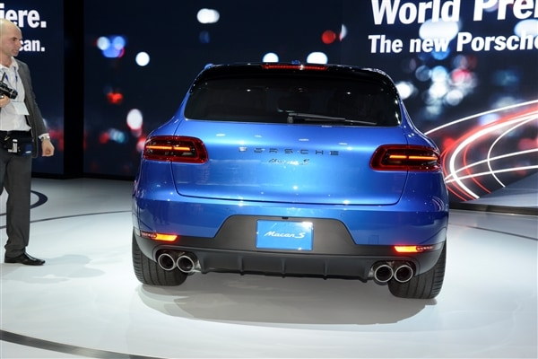 2015 Porsche Macan unveiled at the 2013 Los Angeles Auto Show 10