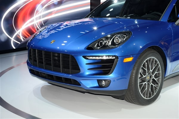 2015 Porsche Macan unveiled at the 2013 Los Angeles Auto Show 14