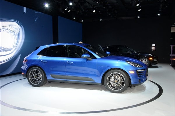 2015 Porsche Macan unveiled at the 2013 Los Angeles Auto Show 5
