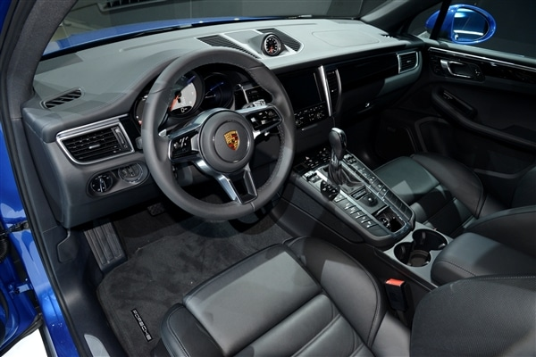 2015 Porsche Macan unveiled at the 2013 Los Angeles Auto Show 20