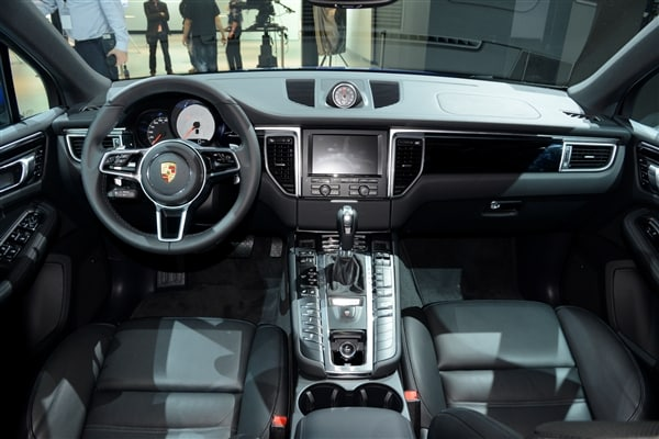 2015 Porsche Macan unveiled at the 2013 Los Angeles Auto Show 18