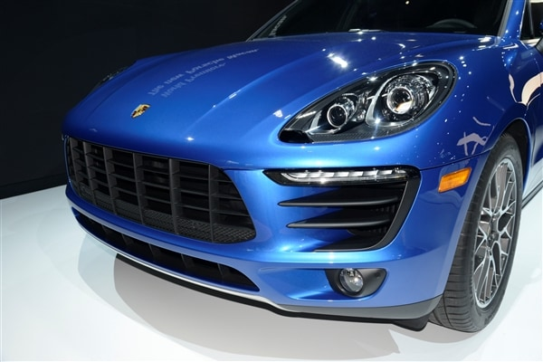 2015 Porsche Macan unveiled at the 2013 Los Angeles Auto Show 12