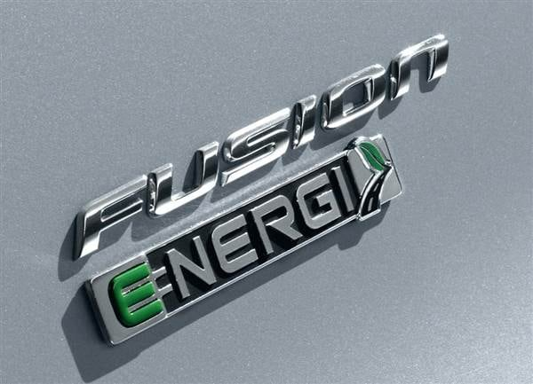 2013 Ford Fusion Energi First Review: Professional Plug-in 6