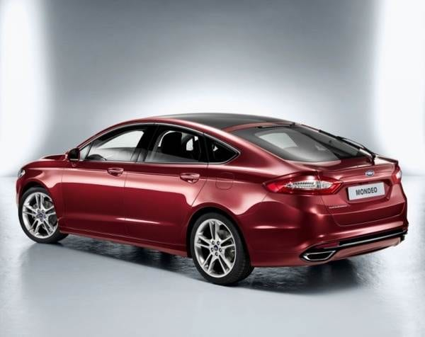 2013-ford-mondeo-5-door-rear-static-600-001