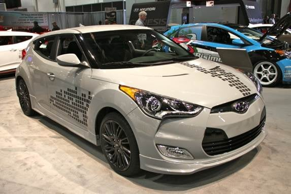 2013 hyundai veloster re mix edition revealed kelley blue book. Black Bedroom Furniture Sets. Home Design Ideas
